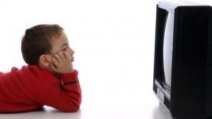 Telewizor 300x169 Telewizja, a komputer. Czy to działa negatywnie na nasz wzrok ?