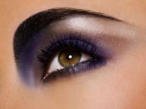 article 1426 main cienie do powiek 250 is 000011111011xsmall 1 300x223 Piękne oczy..