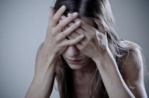 zmartwiona 300x199 Twoje jelita nie lubią stresu!