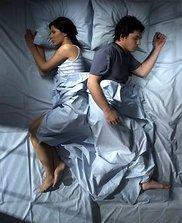 3spanie Mowa ciała podczas snu