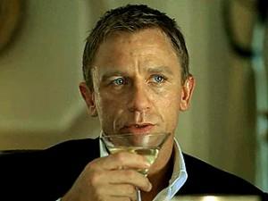 james bond vesper martini 300x225 James Bond w nowej odsłonie