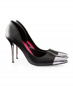 hmprod 256x300 Trendy jesień 2012 – buty z metalowymi czubkami
