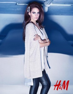 254669 10151097888045913 2077347434 n 233x300 Lana Del Rey twarzą kolejnej kolekcji H&M