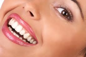 imagesCA3W28CC Biel uśmiechu   złuda czy potęga?