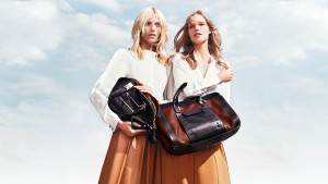 chloe fall winter 2012 13 01 300x169 Anja Rubik i Suvi Koponen w najnowszej kampanii Chloe