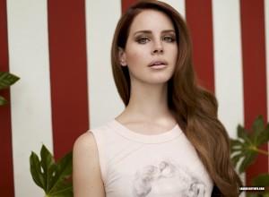 tumblr mcrrxfK4IL1qieczfo1 1280 300x220 Lana Del Rey twarzą Versace?