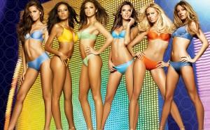 piekne modelki w kolorowych bikini 300x187 Sekrety szczupłej sylwetki
