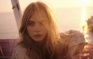 Zara TRF Taps Cara Delevingne For Its SpringSummer 2013 Campaign Video cover2 300x190 Zara TRF 2013, inaczej Cara Delvingne everywhere