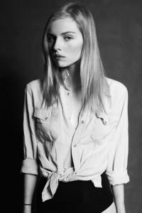 nadia kuna 12981299 200x300 Kolejna nastolatka z Polski podbija świat mody
