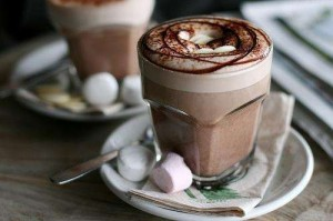 tumblr mhwkvvVjSd1rsj3g1o1 500 large 300x199 Gorąca czekolada – przyjaciółka na zimowe wieczory!