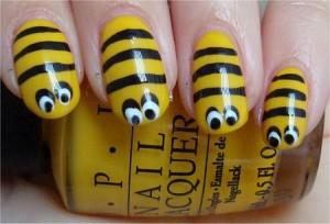 Honey Bee Nails Nail Art Tutorial 300x204 Paznokcie ze zwierzątkami