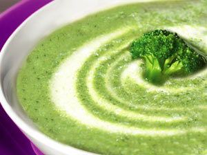 brokulowa 300x224 Zielona zupa z brokułów