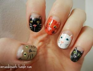 cat nail art 1 300x229 Paznokcie ze zwierzątkami
