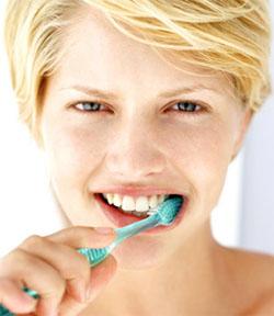 mycie zebow Pielęgnacja zębów