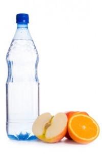 woda smakowa 200x300 Woda zwykła czy smakowa?