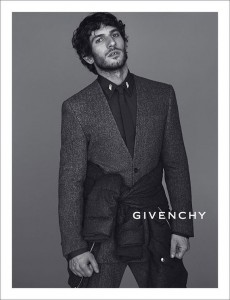 givenchy fall winter 201314 mert marcus 02 230x300 Kampania Givenchy Fall Winter 2013