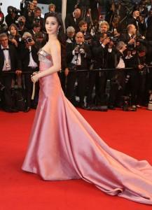 upiphotostwo238900 prev 217x300 Stylizacje gwiazd na festiwalu w Cannes!