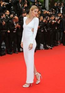 upiphotostwo239548 prev 208x300 Stylizacje gwiazd na festiwalu w Cannes!