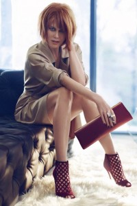 b7f2aca49ee668373f41a7688824f7d9399cd78c 200x300 Nicole Kidman w kampanii Jimmy Choo jesień zima 2013/14