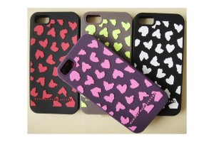 marc by marc jacobs heart fashion hard plastic case for iphone 5 300x200 Marc Jacobs zaprojektował akcesoria na na iphone'a 5