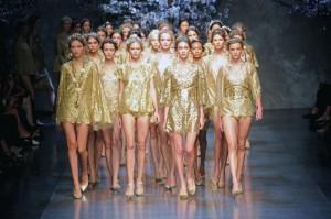 Dolce Gabbana wiosna lato 2014 LaMode  17  300x199 Dolce & Gabbana na sezon wiosna lato 2014