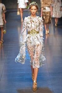 Dolce Gabbana wiosna lato 2014 LaMode  2  07211e9c 200x300 Dolce & Gabbana na sezon wiosna lato 2014