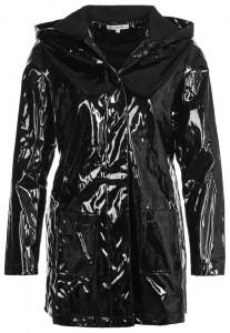 Littlewitelies 839 207x300 Płaszcze przeciwdeszczowe na jesień 2013