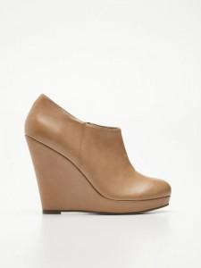 W9382 08X 001 225x300 Nowa kolekcja butów Reserved na jesień 2013