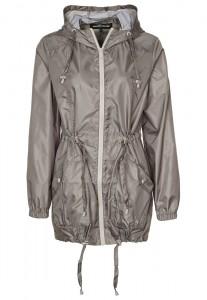 Warehouse przecdeszcz 207x300 Płaszcze przeciwdeszczowe na jesień 2013