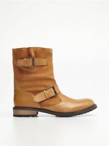 Y0481 28X 001 224x300 Nowa kolekcja butów Reserved na jesień 2013