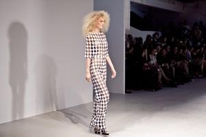 pokaz gosia baczynska paris fashion week wiosna lato 2014 lamode.info  6  300x200 Gosia Baczyńska na Paris Fashion Week