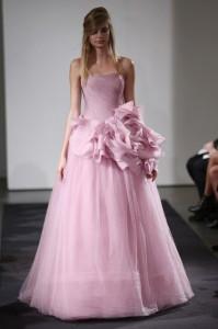 thumb 900x800 1011 199x300 Vera Wang   kolekcja sukien ślubnych na jesień 2014