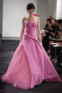 thumb 900x800 108 199x300 Vera Wang   kolekcja sukien ślubnych na jesień 2014