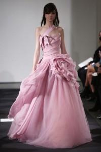 thumb 900x800 109 199x300 Vera Wang   kolekcja sukien ślubnych na jesień 2014