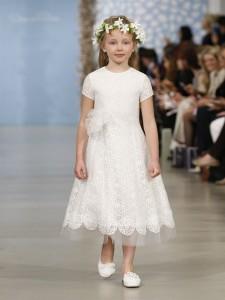 suknie slubne 2014 oscar de la renta fot mat prasowe12 225x300 Suknie ślubne Oscara de la Renty na rok 2014