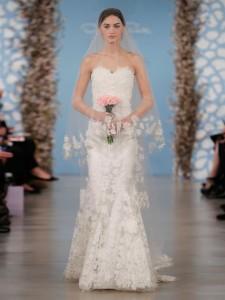 suknie slubne 2014 oscar de la renta fot mat prasowe13 225x300 Suknie ślubne Oscara de la Renty na rok 2014
