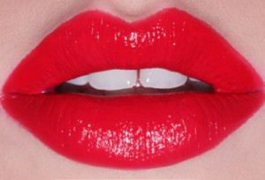 2nd love szminka pomadka 12 red czerwona 3230236919 300x204 Postaw na czerwień