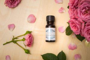 Optima PLUS naturalny olejek z drzewa różanego 300x200 Pomysł na świąteczny prezent – domowe kosmetyki z olejkami eterycznymi