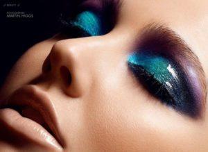 c2f3574a592f22f38b1d3ff1376bb1e2 300x219 Glossy Eyes, czyli najnowszy trend makijażowy, który podbija rynek