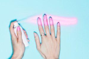paint can lakier do paznokci w sprayu juz w sprzedazy 1 300x200 Pod lupą   lakiery do paznokci w sprayu?