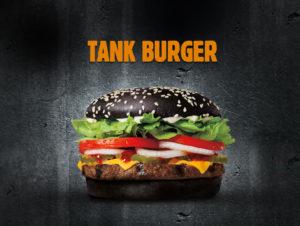 Tank Burger Burger King 1 300x226 Jest ogień! Czarny Tank Burger w ofercie Burger King