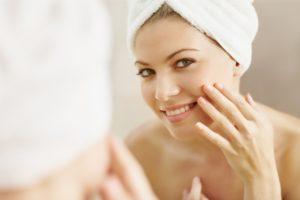 Jak zatrzymać młodość skóry wokół oczu i ust 300x200 Jak zatrzymać młodość skóry wokół oczu i ust?