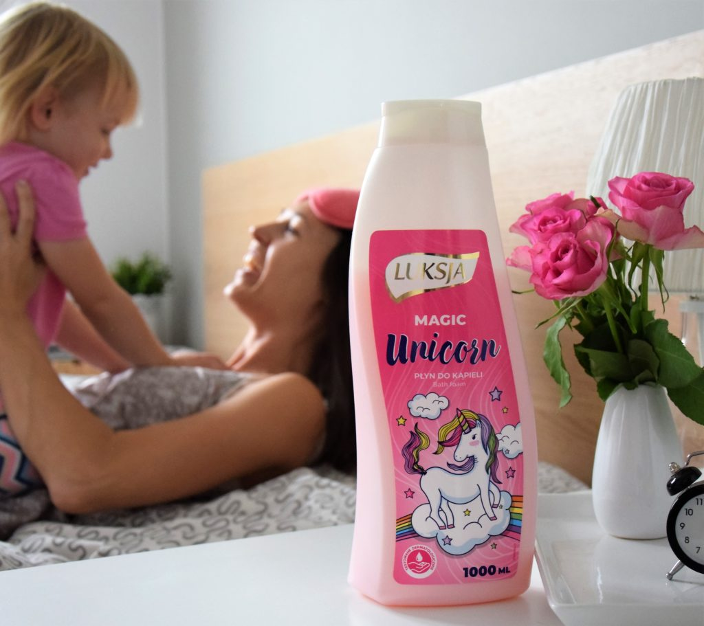 Luksja unicorn 1024x911 Wszystkiego najlepszego dla kobiecych zmysłów!  Luksja obchodzi swoje 30 lecie