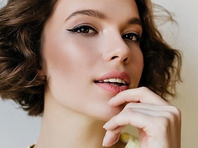 SINSKIN Brwi zaokraglone Idealna oprawa twoich oczu z SINSKIN – sprawdź jak stylizować brwi!